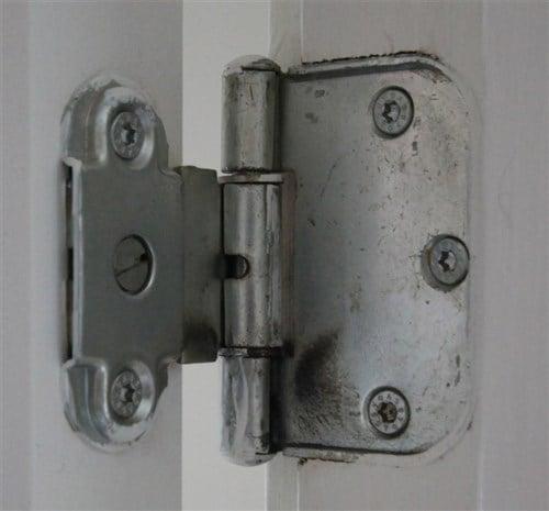 hængsler til døre