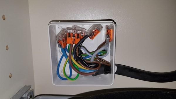 1 5mm2 kabel sl jfet videre til ovn fra 2 5mm2 med 16a sikring. Black Bedroom Furniture Sets. Home Design Ideas